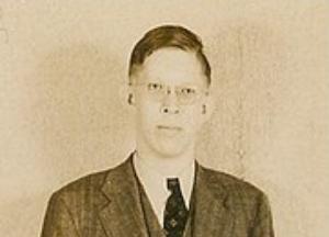 [驚愕!]人類史上最も背が高かった男『ロバート・ワドロー』その身長は...